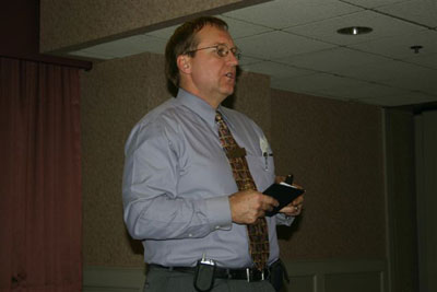 Chapter president Toby Fitzkee welcomes new members for 2006